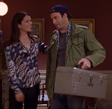 Lorelai, Luke, and Bert the Toolbox - Gilmore Girls