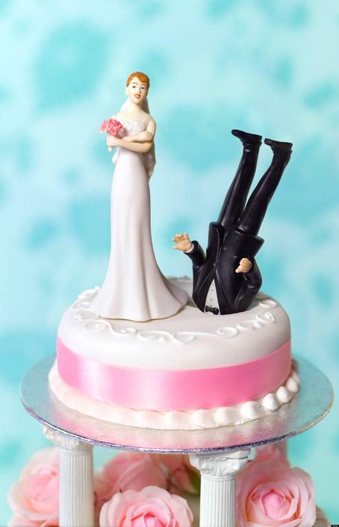 Dunked Groom-head Cake - Funny Divorce - huffingtonpost-com