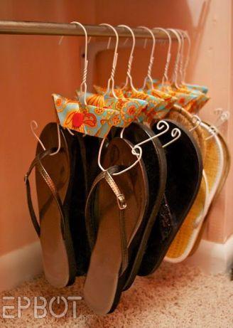 Flip Flop Hangers DIY - Organize | Life With Lorelai